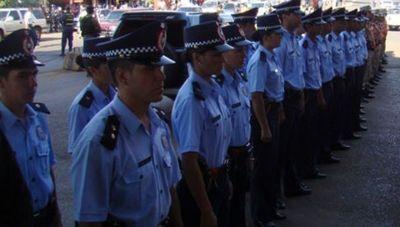 Policías retirados y familiares de activos harán mañana manifestación en todo el país