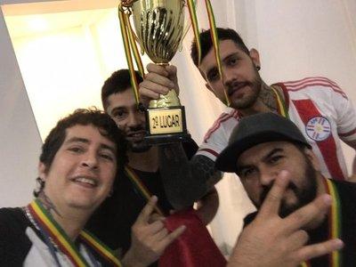 Selección paraguaya sale vice en competición de tatuadores