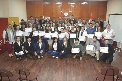 Exitosa primera edición de la ''Escuela de Lideres de Misiones''