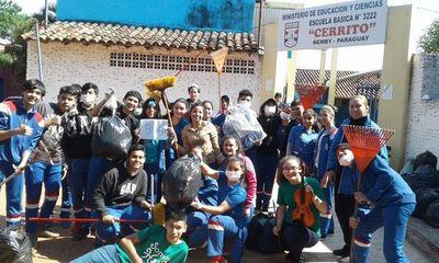 Jóvenes fueron protagonistas de jornada ambiental comunitaria