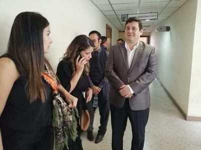 Absuelven al senador Enrique Salyn Buzarquis