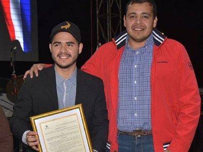 Oliver Martínez es declarado hijo dilecto de Ayolas