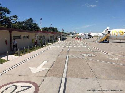 Argentina advierte de riesgo de cierre de aeropuerto para líneas «low cost»