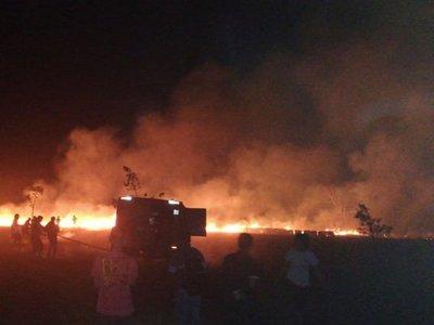 Guairá: Alarmante incendio de pastizal en Independencia