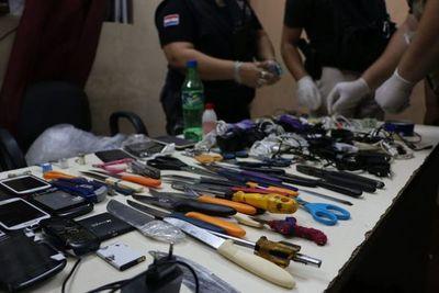 Incautan celulares y armas blancas durante requisa en el Buen Pastor