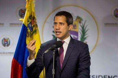 Parlamento venezolano ratifica a Guaidó como presidente encargado