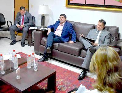 Analizan paquete de leyes ante examen de Paraguay