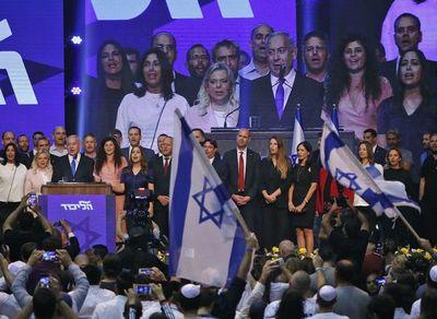 Bocas de urnas dan empate técnico entre Netanyahu y Gantz