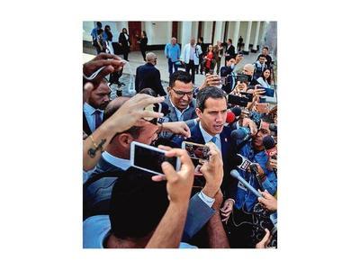 Parlamento  ratifica a Guaidó como presidente encargado