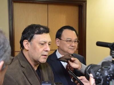 Dice que ministro de la Corte operó para que lo condenen