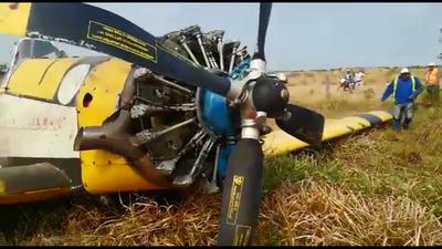 Avión hidrante argentino sufre desperfectos al aterrizar