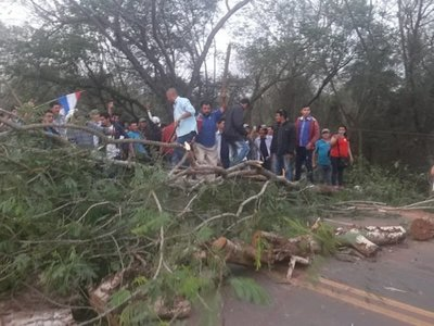 San Pedro: Friedmann planta a mandioqueros y cierran ruta