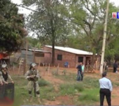 Desalojan a más de 50 familias de una propiedad privada en Limpio