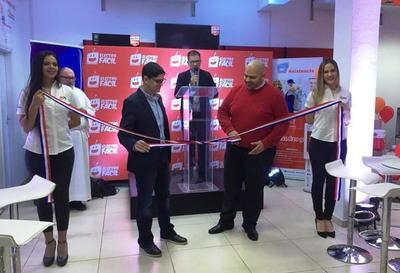 Electrofácil inaugura nuevo y amplio local en Luque •