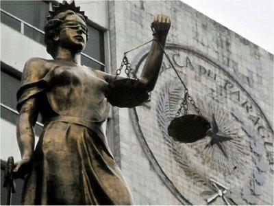 Corte publica nombres de 58 supuestos planilleros