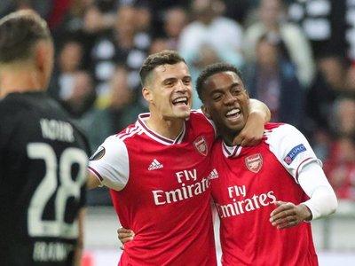 Sevilla y Arsenal confirman su papel de favoritos