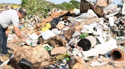 HOY / Senado pedirá informe al MADES sobre supuestas irregularidades en importación de basura