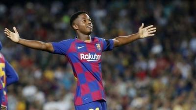HOY / La selección de España se asegura al 'Messi africano'