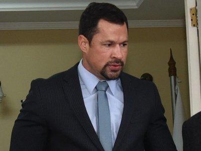 Convocan a audiencia de revisión de medidas a Ulises Quintana