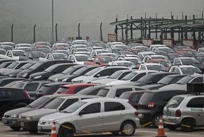 La crisis argentina derriba exportación brasileña y lastra sector automotriz