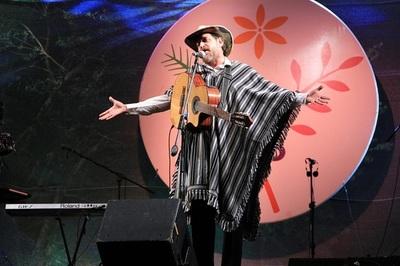 Empresa cumple 23 años y festeja con festival