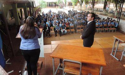 Entregan mobiliarios a escuelas de Ciudad del Este