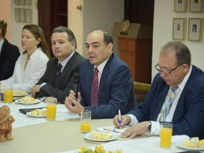 Paraguay espera aval argentino para que acuerdo de Yacyretá entre en vigor