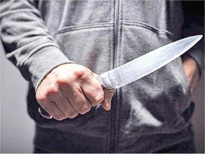 Supuesto feminicidio: Mujer murió apuñalada