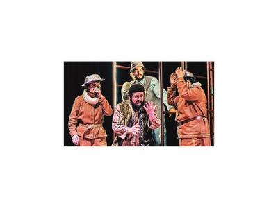 Comedias, dramas y más obras copan salas de teatro