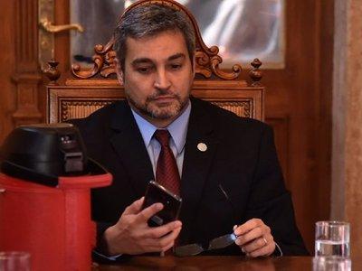 Abdo suspende licitación de salón y destina recursos para la Policía