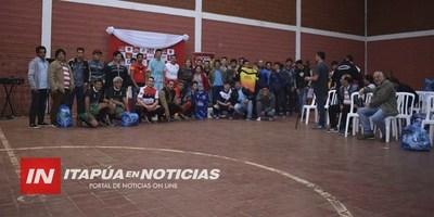 ENTREGAN ATUENDOS A CLUBES DEPORTIVOS DE SAN JUAN DEL PNÁ.