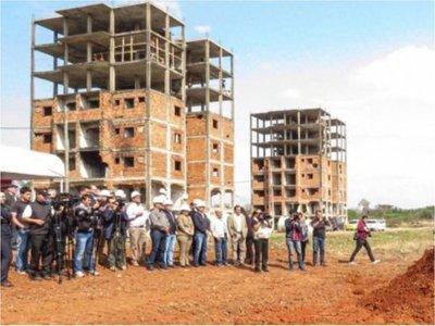 """¿Cuánto costará un departamento en el """"complejo Mariano Roque Alonso""""?"""