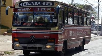 HOY / Conflicto en una línea de bus  a punto de paralizar transporte en capital y gran Asunción