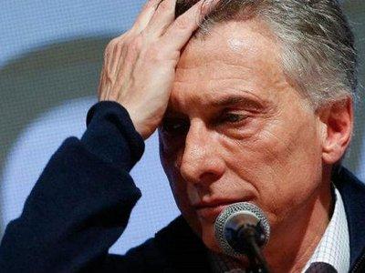 """Macri reconoce que """"les sigue costando"""" salir adelante"""