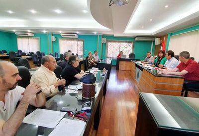 Tras reunión en la UNA, subirá presión sobre Hacienda por el presupuesto