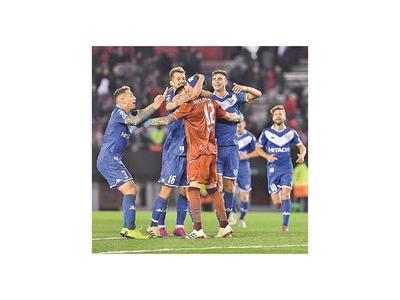 Vélez  dio la nota al vencer a River