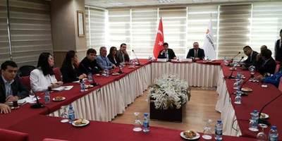 Aliados a 12.000 km: el acercamiento a Paraguay y la diplomacia de Turquía en el mundo