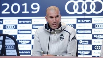 HOY / Mendy amplia la plaga de lesiones y deja a Zidane sin lateral zurdo