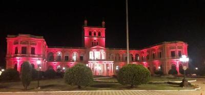 Palacio de López se ilumina de rojo en adhesión al Día Mundial del Corazón