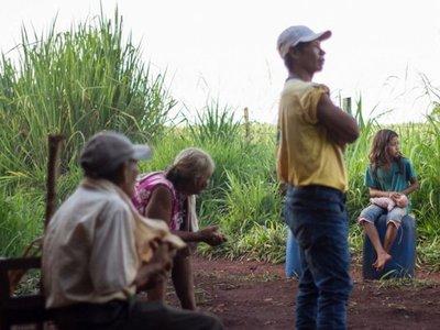 La Itaipú cede su franja  a todos, menos a los  indígenas