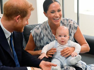 El hijo del Príncipe Harry y Meghan Markle, Archie, hizo su primer acto oficial como parte de la realeza