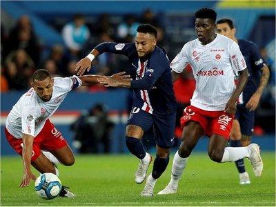 El París Saint-Germain vuelve a caer en casa dieciséis meses después