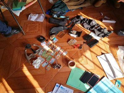Allanaron dos viviendas vinculadas a autores de asalto mortal en Ciudad del Este