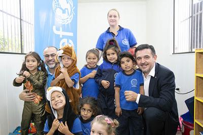 UNICEF dona 10 aulas móviles al MEC para garantizar derecho a la educación