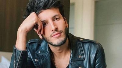 HOY / Sebastián Yatra festeja con  dos videos su nominación   para premios Latin Grammy