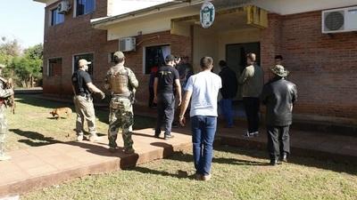 Ordenan traslado de intendente de Tavarangue a Tacumbú