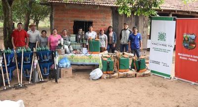 Familias de Misiones acceden a proyectos productivos con apoyo de la EBY