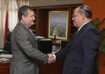 Titular de la Corte recibió a Embajador de la OEA