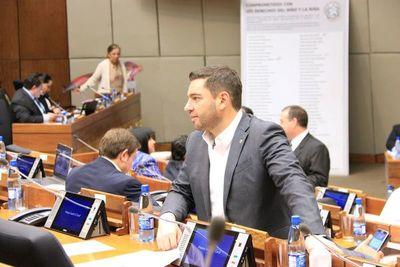 Inician recortes presupuestarios en pago de sueldo de funcionarios
