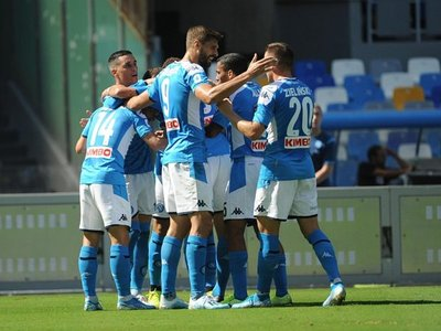 Napoli doma al Brescia de Balotelli